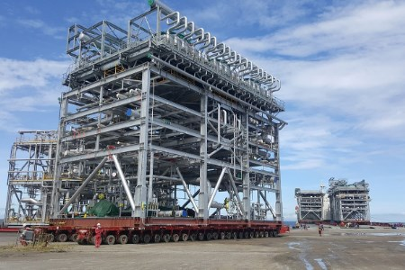 Mammoet delivers components for major Trinidad plant